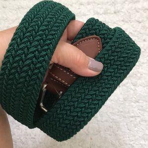 Vinyard Vines solid Bungee belt Charleston green